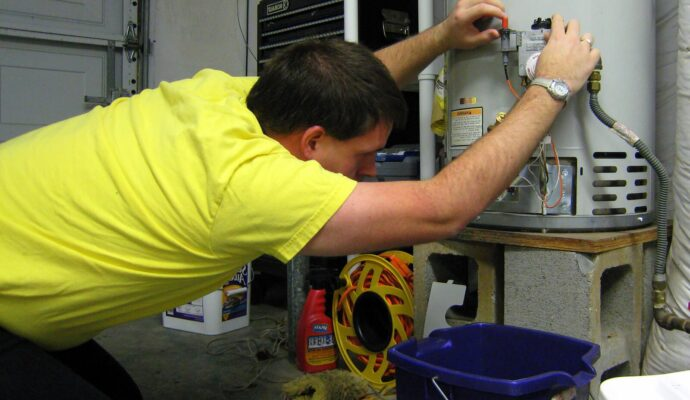 Water Heater Maintenance-Palm Beach Water Heater Installers-We do Water Heater Installation and Repair, Natural Gas Water Heaters, 24/7 Emergency Water Heater Service and Maintenance, Hybrid Water Heaters, Water Heater Expansion Tank, Commercial Water Heater Services, Tankless Water Heaters Installations, and more